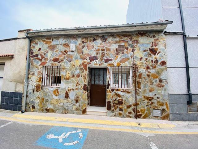 Imagen 1 Inmueble 247749 - Casa en venta en Alpicat / Al centre d´Alpicat.
