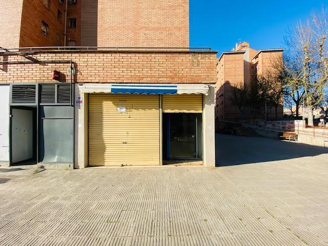 Imagen 1 Inmueble 248441 - Local Comercial en venta en Lleida / Junt a Carrefour.