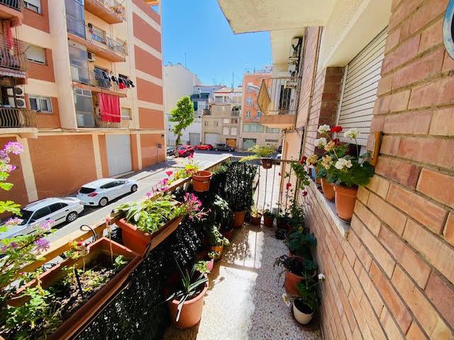 Imagen 2 Piso en venta en Lleida / En el barrio de La Bordeta.
