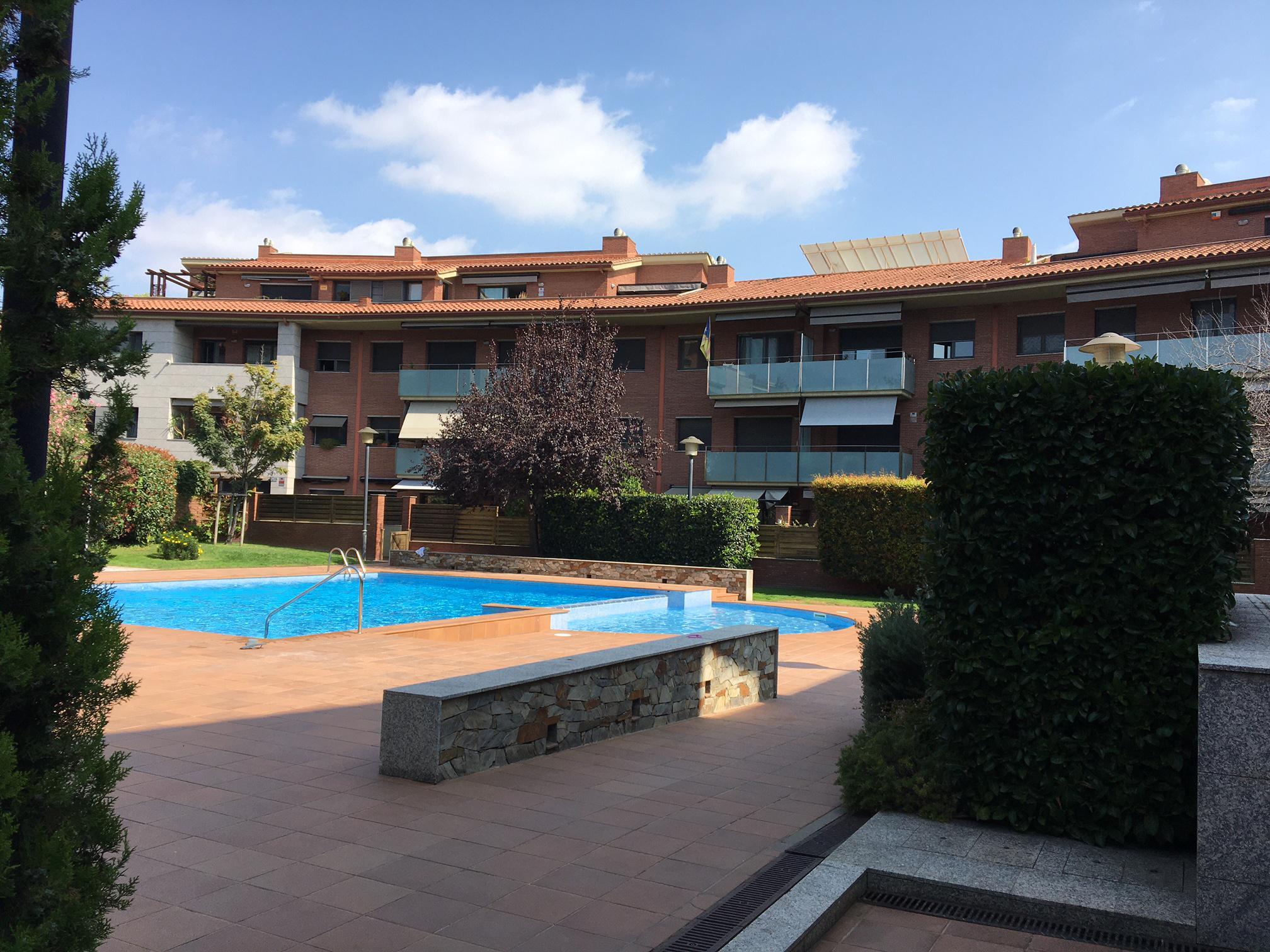 Imagen 2 Apartamento en venta en Sant Cugat Del Vallès / Coll Fava - cerca Caprabo