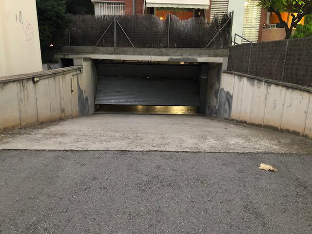 Imagen 2 Parking Coche en venta en Sant Cugat Del Vallès / Zona:    Coll Favà