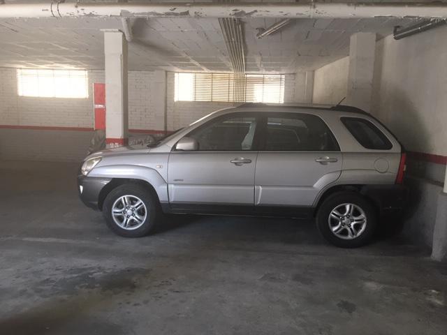 Imagen 2 Parking Coche en venta en Sant Cugat Del Vallès / Calle Balmes - frente al ayuntamiento