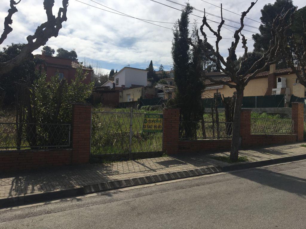 Imagen 3 Solar Urbano en venta en Sant Cugat Del Vallès / Valldoreix - Av Madrid
