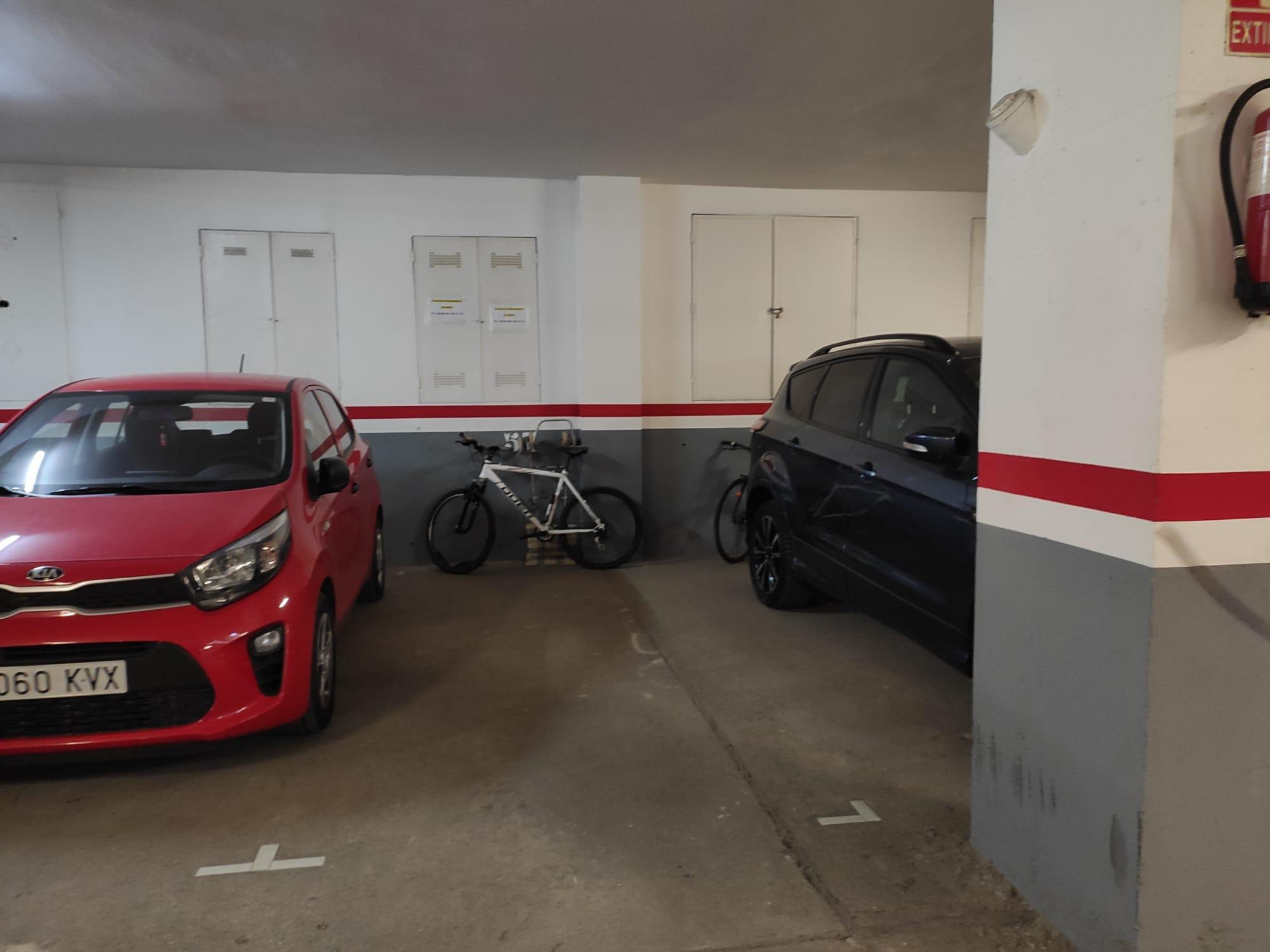 Imagen 1 Parking Coche en venta en Sant Cugat Del Vallès / Torreblanca - Sant Cugat