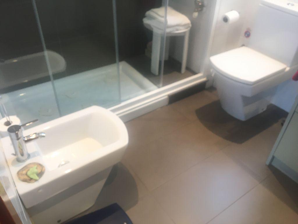 Imagen 4 Apartamento en venta en Sant Cugat Del Vallès / A 2min fgc Volpalleres