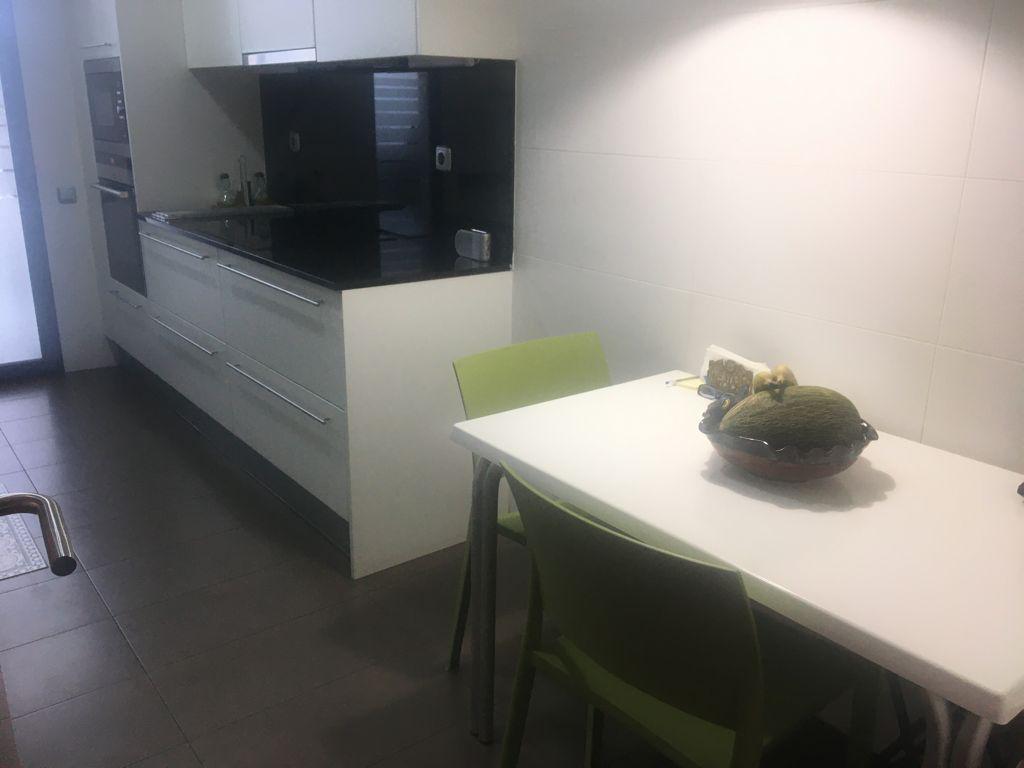 Imagen 2 Apartamento en venta en Sant Cugat Del Vallès / A 2min fgc Volpalleres