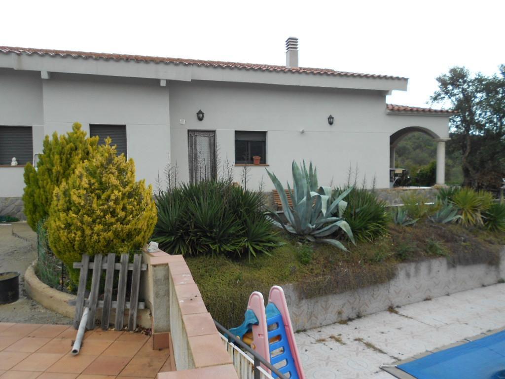 Imagen 4 Casa Rústica en venta en Lloret De Mar / Masies de Lloret, 5.000 m² de Parcela con piscina