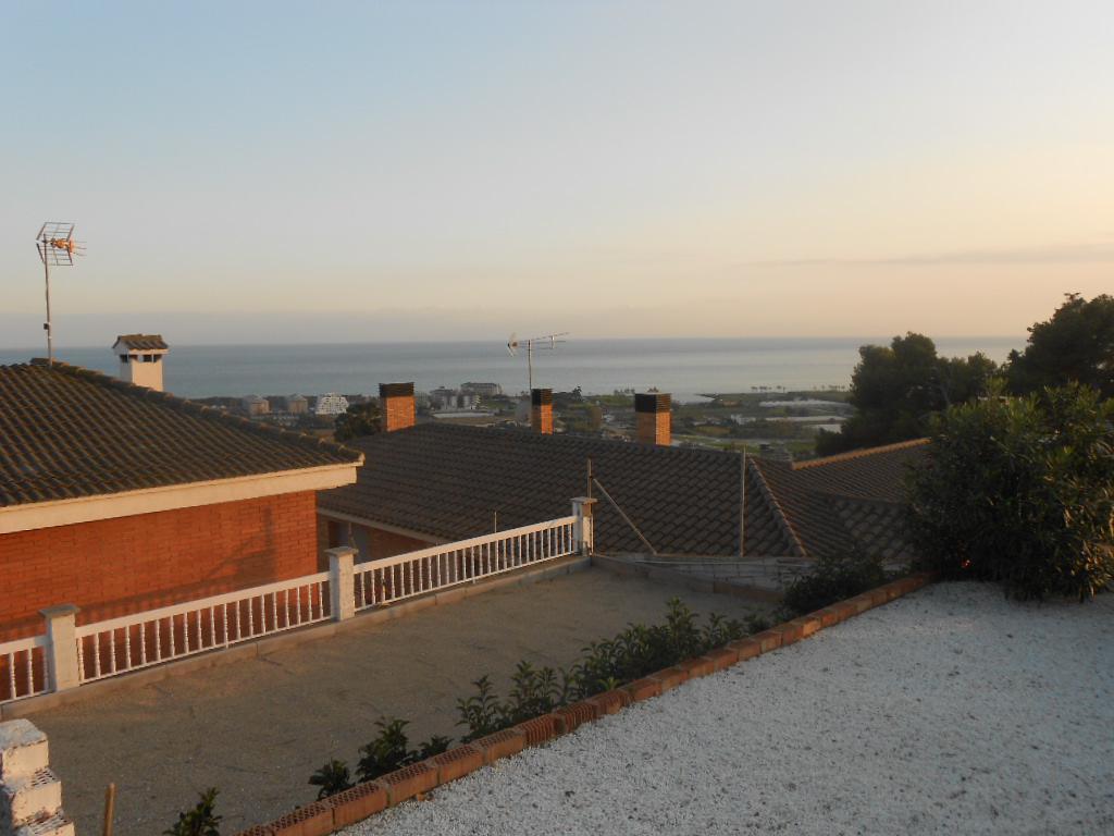 Imagen 4 Casa en venta en Santa Susanna / Urbanización Can Torrent