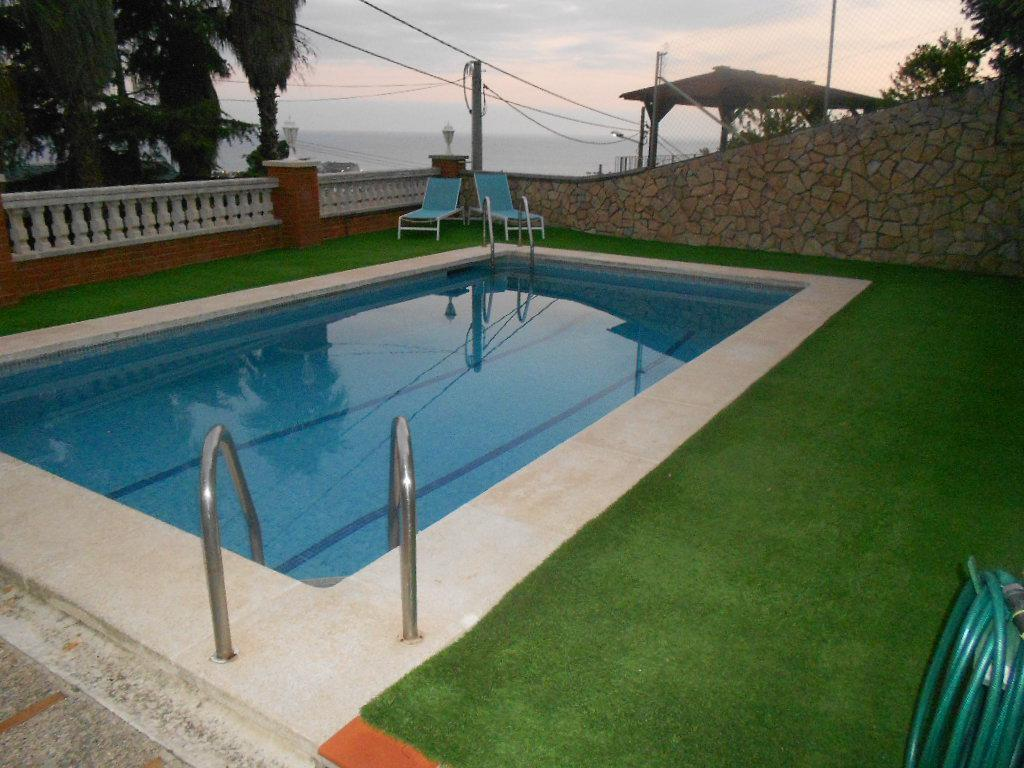Imagen 2 Casa en venta en Santa Susanna / Urbanización Can Torrent