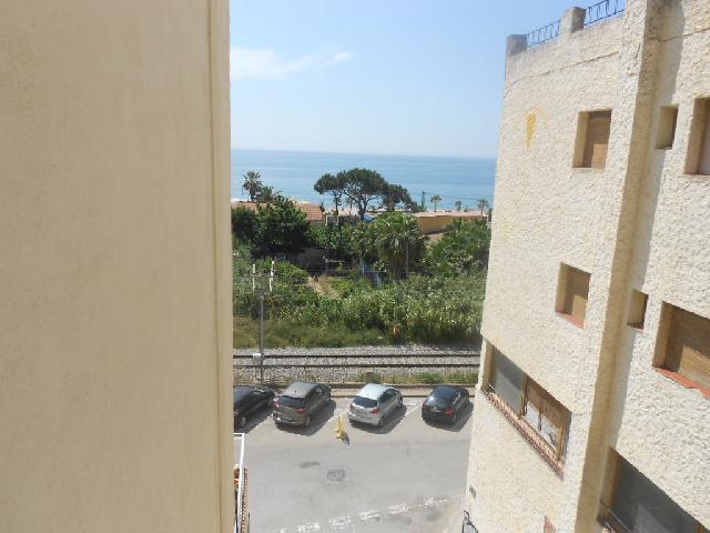 Imagen 1 Inmueble 207758 - Loft en venta en Pineda De Mar / 1ª Linia, Vistas laterales al mar