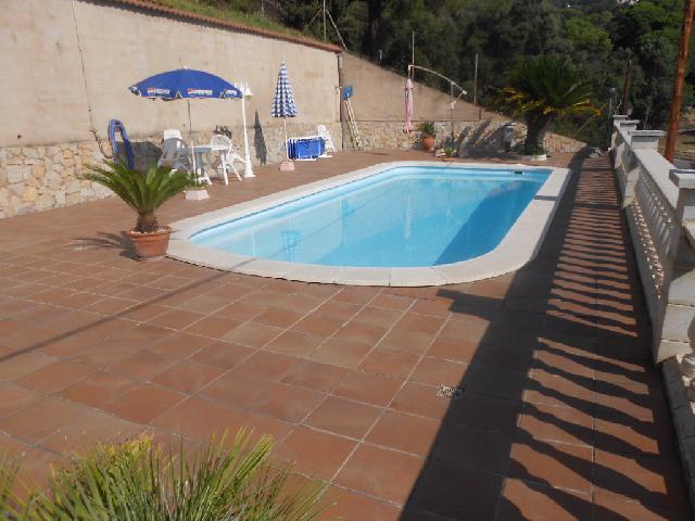 Imagen 1 Inmueble 211997 - Casa en venta en Sant Cebrià De Vallalta / Castellar de Indias con piscina
