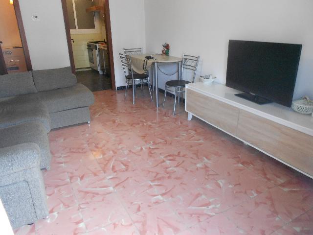 Imagen 1 Inmueble 243286 - Piso en alquiler en Pineda De Mar / Al lado plaza de las Palmeras