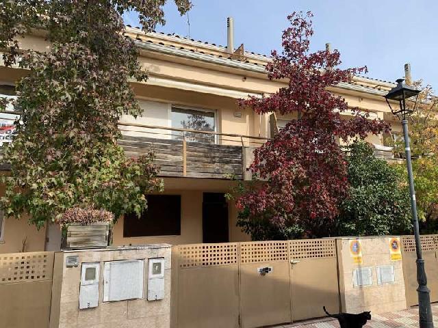 Imagen 1 Inmueble 244066 - Casa Adosada en venta en Teià / Centro, cerca campo de futbol