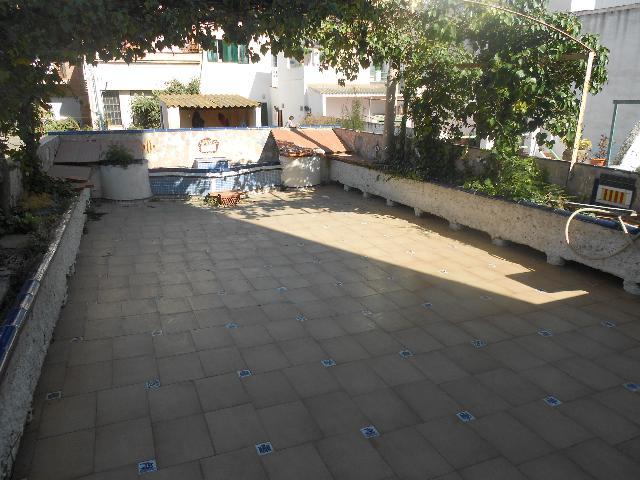 Imagen 1 Inmueble 248542 - Casa Adosada en venta en Calella / Cerca del Mercado Municipal