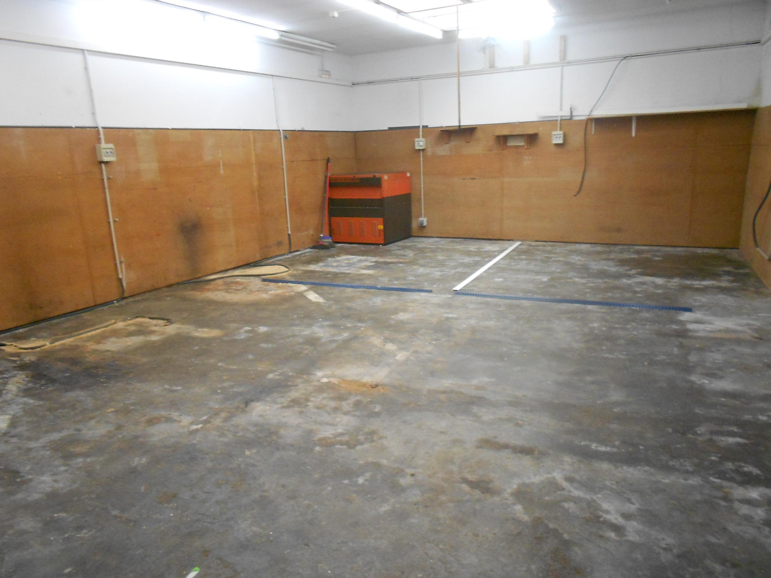 Imagen 2 Local Comercial en venta en Malgrat De Mar / Centro, comercio o garaje
