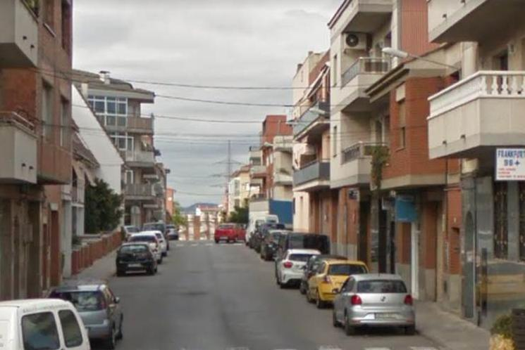 Imagen 1 Local Comercial en venta en Terrassa / Junto C/ Solsona