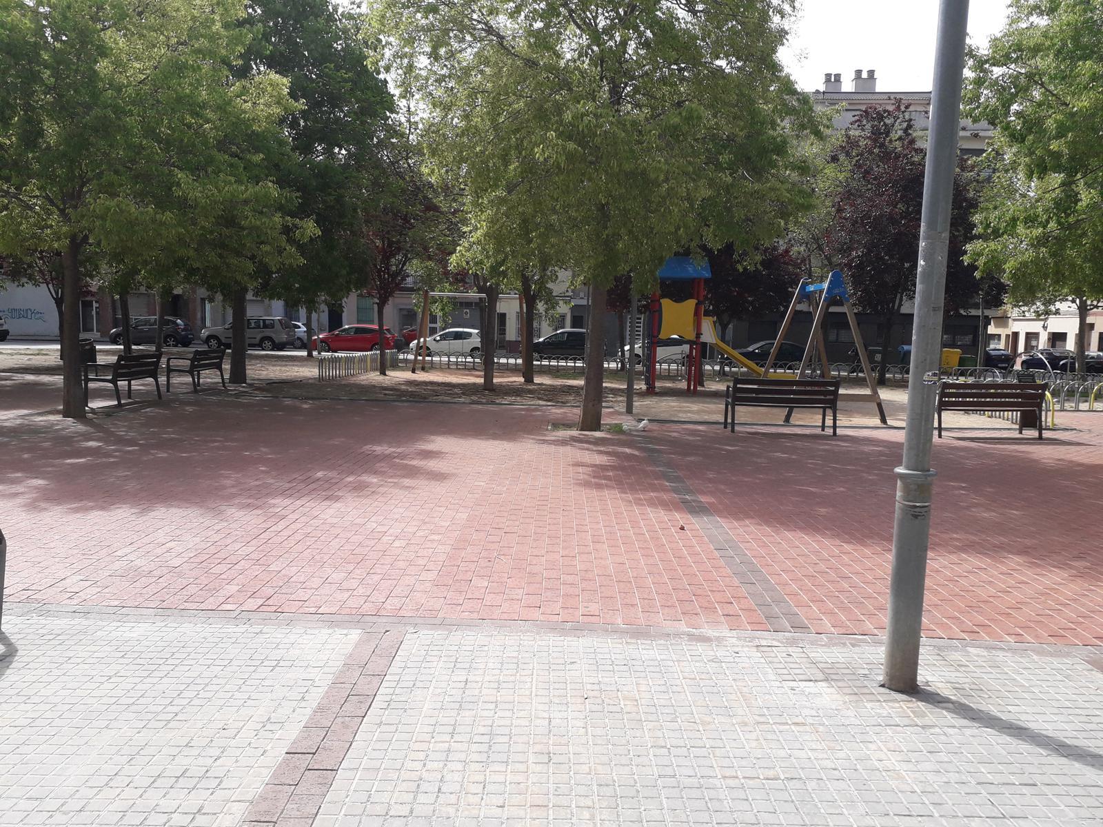 224398 - Junto Estación de Autobuses