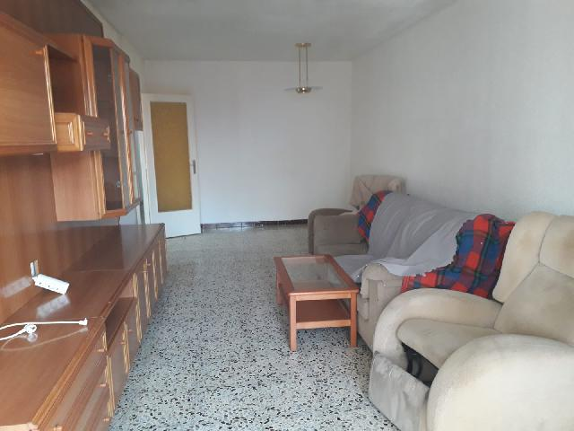 Imagen 1 Inmueble 227359 - Piso en venta en Terrassa / Al lado de Calle Ancha