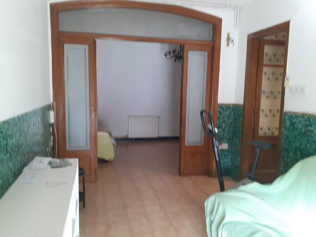 Imagen 1 Inmueble 242292 - Piso en venta en Terrassa / Junto esglèsia Sagrada Família