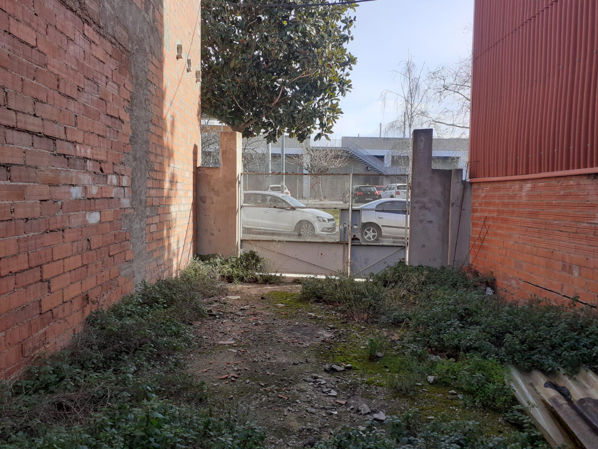 Imagen 3 Solar Urbano en venta en Terrassa / Junto Estadio de Hockey