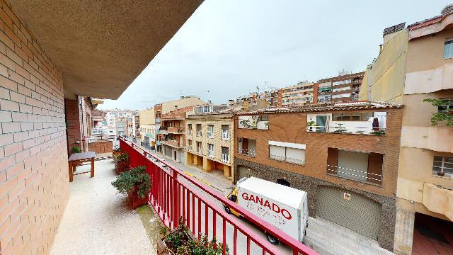Imagen 1 Inmueble 247668 - Piso en venta en Terrassa / Muy cerca Avinguda Josep Tarradelles