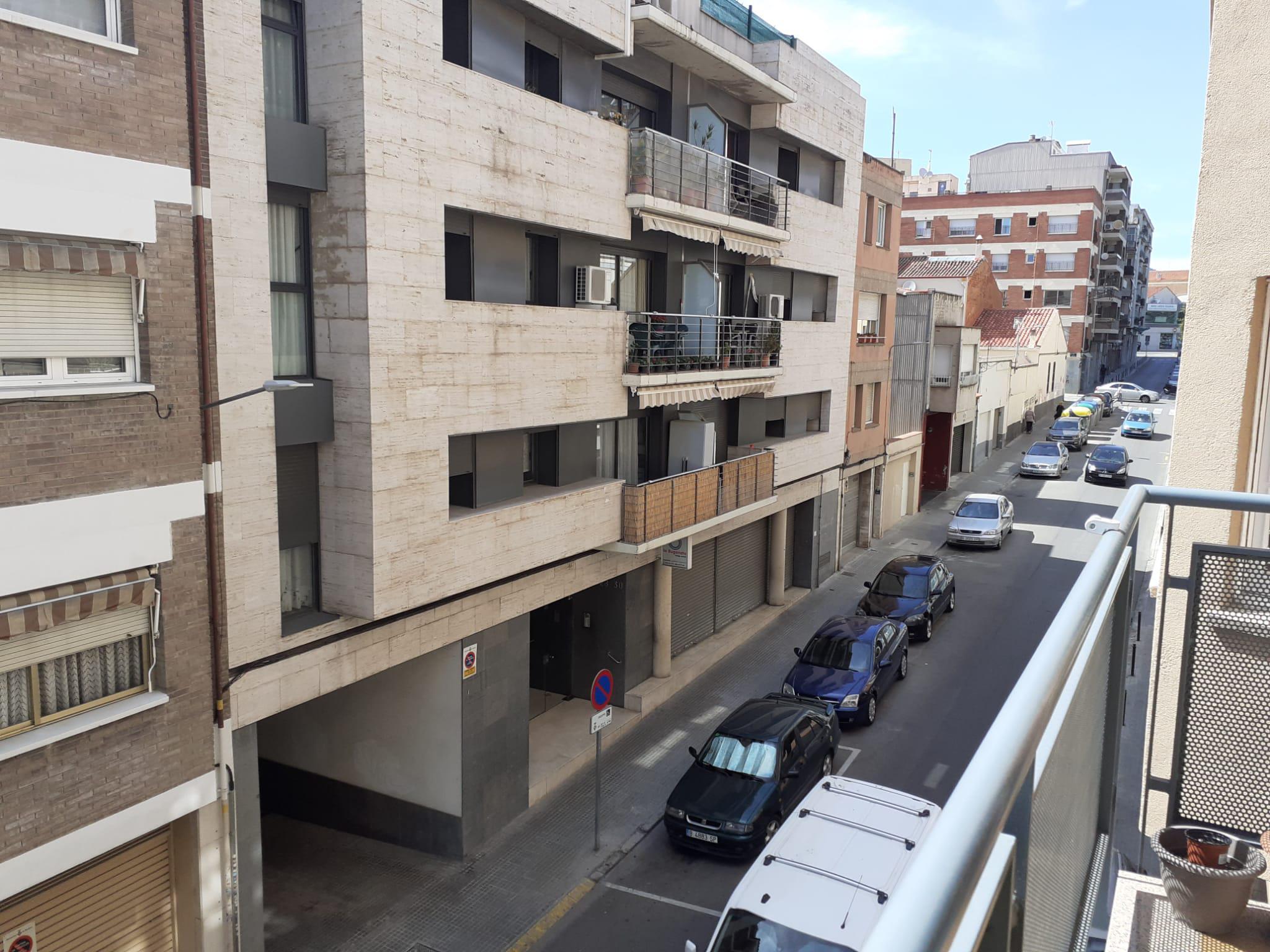 Imagen 3 Piso en venta en Terrassa / Junto calle Ramón y Cajal