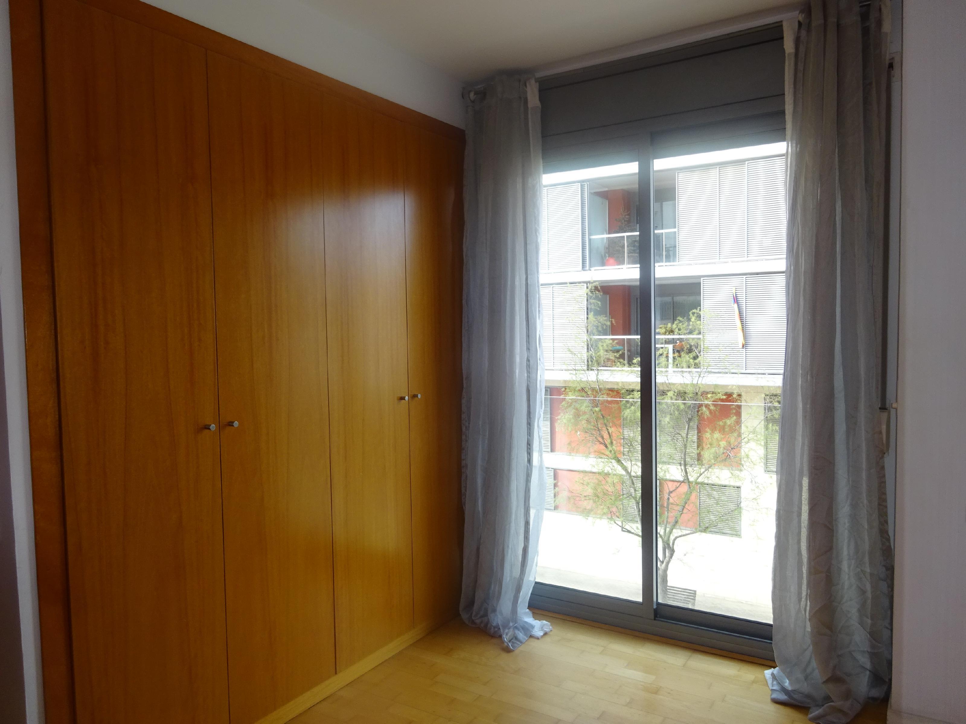 Imagen 3 Piso en venta en Badalona / Front Marítim, vivienda situada en 1ra. Linea de Mar.