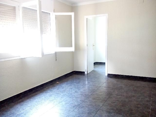 Imagen 1 Inmueble 165527 - Apartamento en alquiler en Badalona / Antiga de Valencia, Junto Metro La Salud,L-10