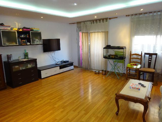 Imagen 1 Inmueble 238178 - Piso en venta en Badalona / Cerca de Av. Martí Pujol