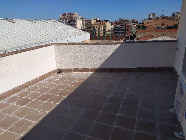 Imagen 1 Inmueble 240940 - Ático en venta en Badalona / Atico dúplex obra nueva plaza Pep Ventura
