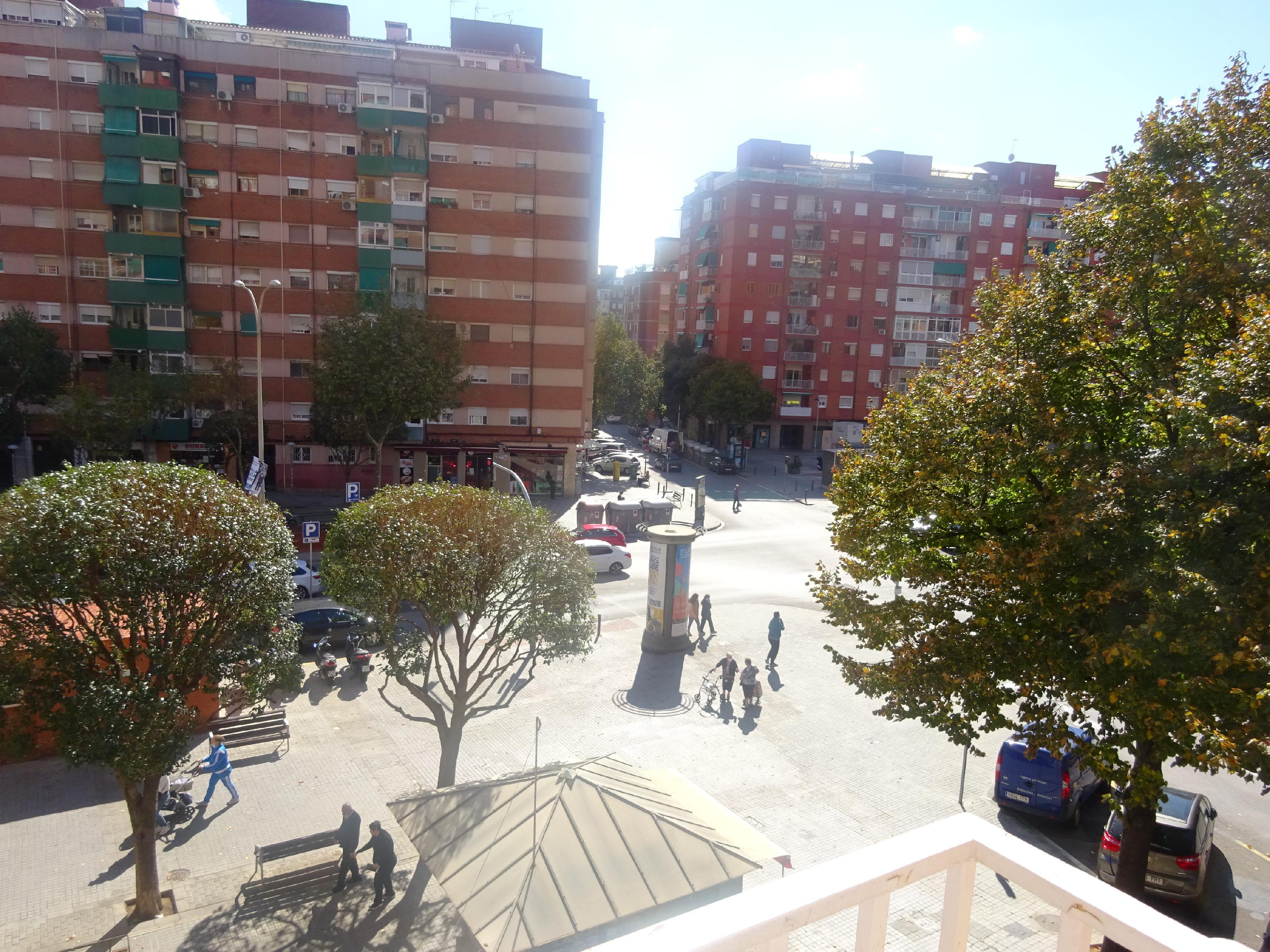 Imagen 4 Piso en venta en Badalona / Av. Marqués de Sant Mori / Dr. Bassols