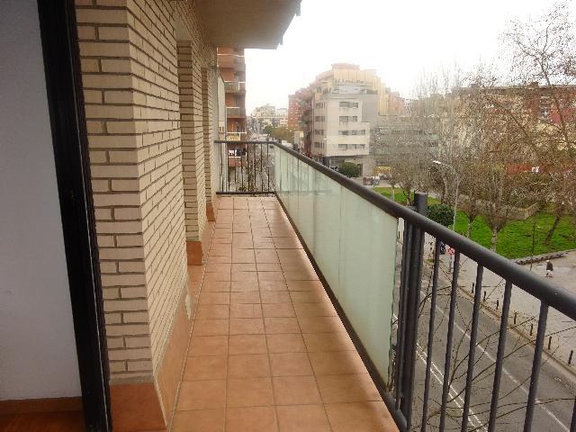 Imagen 1 Inmueble 247595 - Piso en alquiler en Badalona / Cerca C/ Tortosa