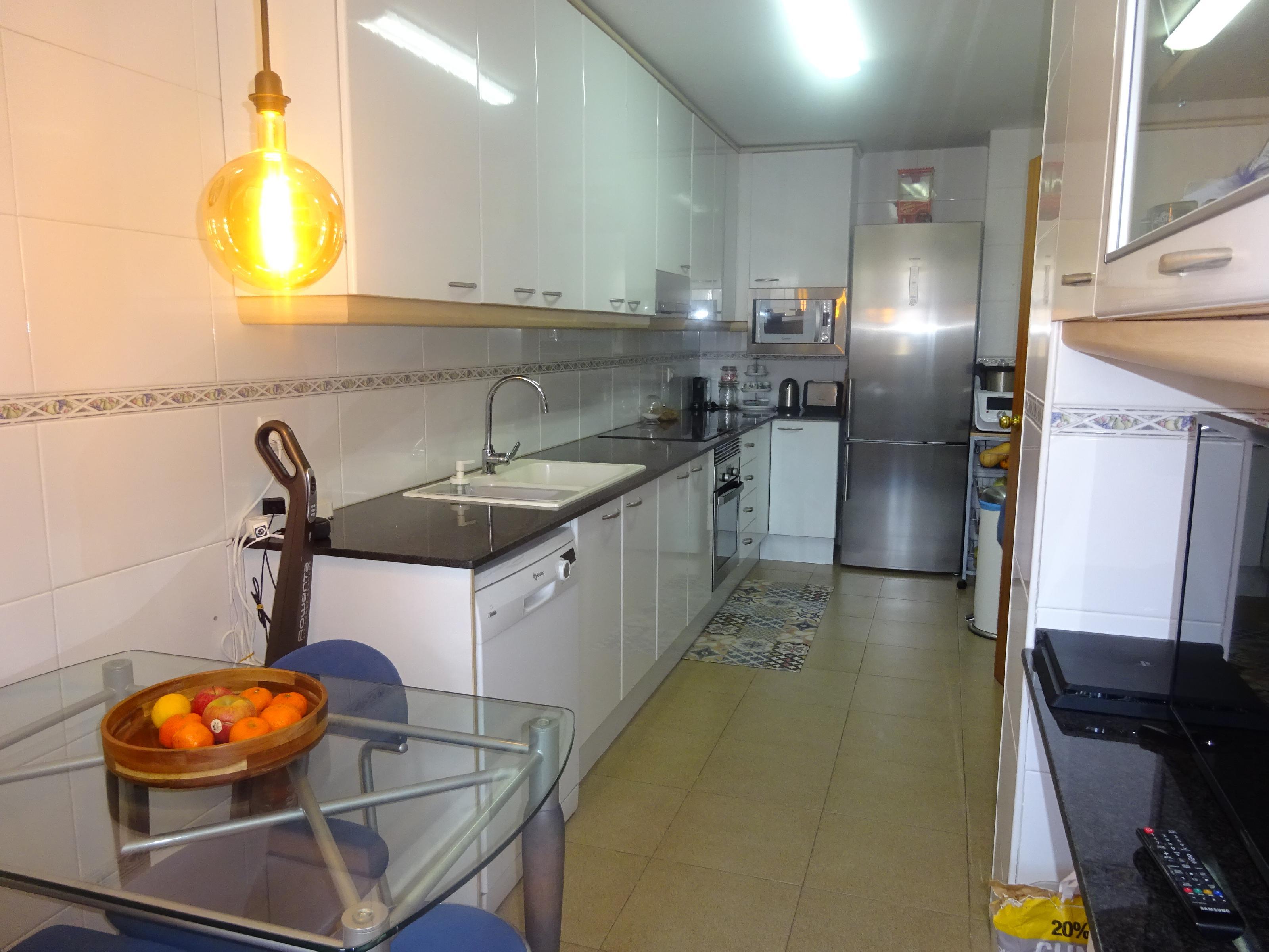 Imagen 2 Piso en venta en Badalona / Cerca de Rambla Sant Joan