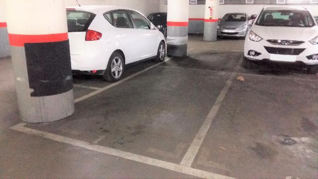 Imagen 1 Inmueble 85112 - Parking Coche en venta en Barcelona / Providencia - Secretari Coloma