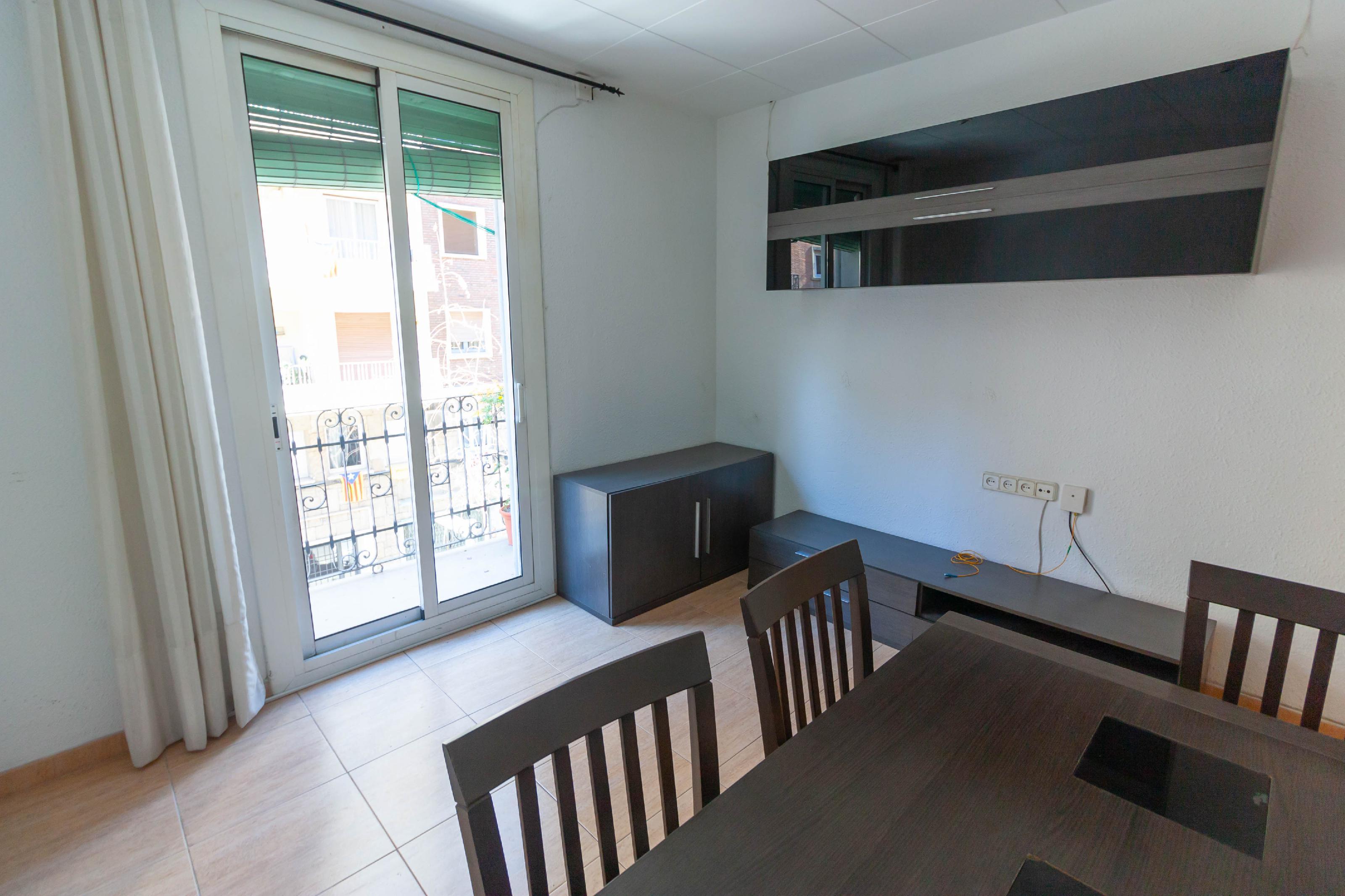 Imagen 1 Piso en alquiler en Barcelona / Alegre de Dalt - Sant Lluis