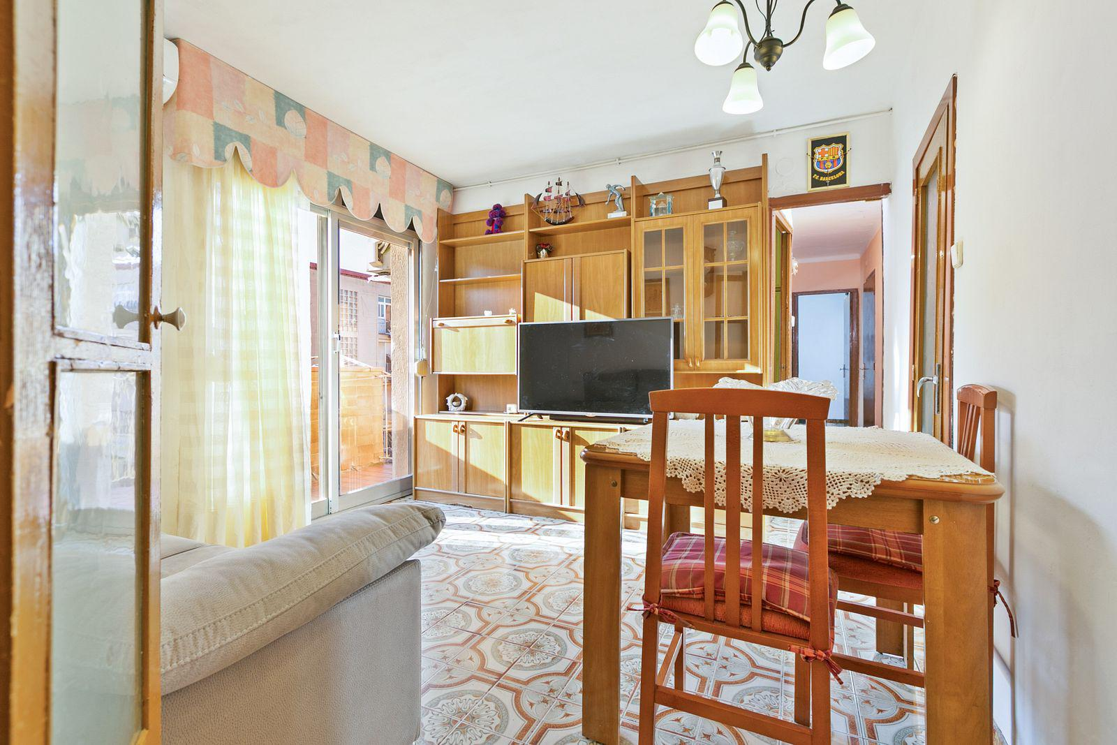 Imagen 1 Piso en venta en Barcelona / C/ Tarent - C/ Lluis Borrassà C.P 08019