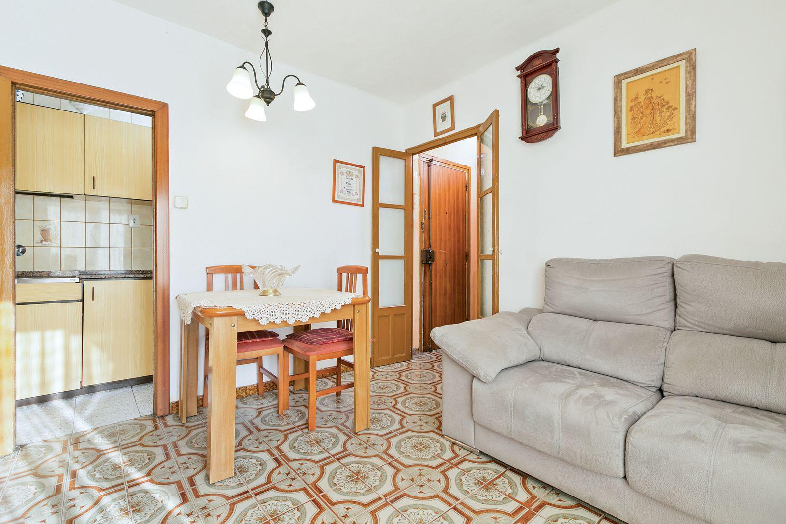 Imagen 2 Piso en venta en Barcelona / C/ Tarent - C/ Lluis Borrassà C.P 08019
