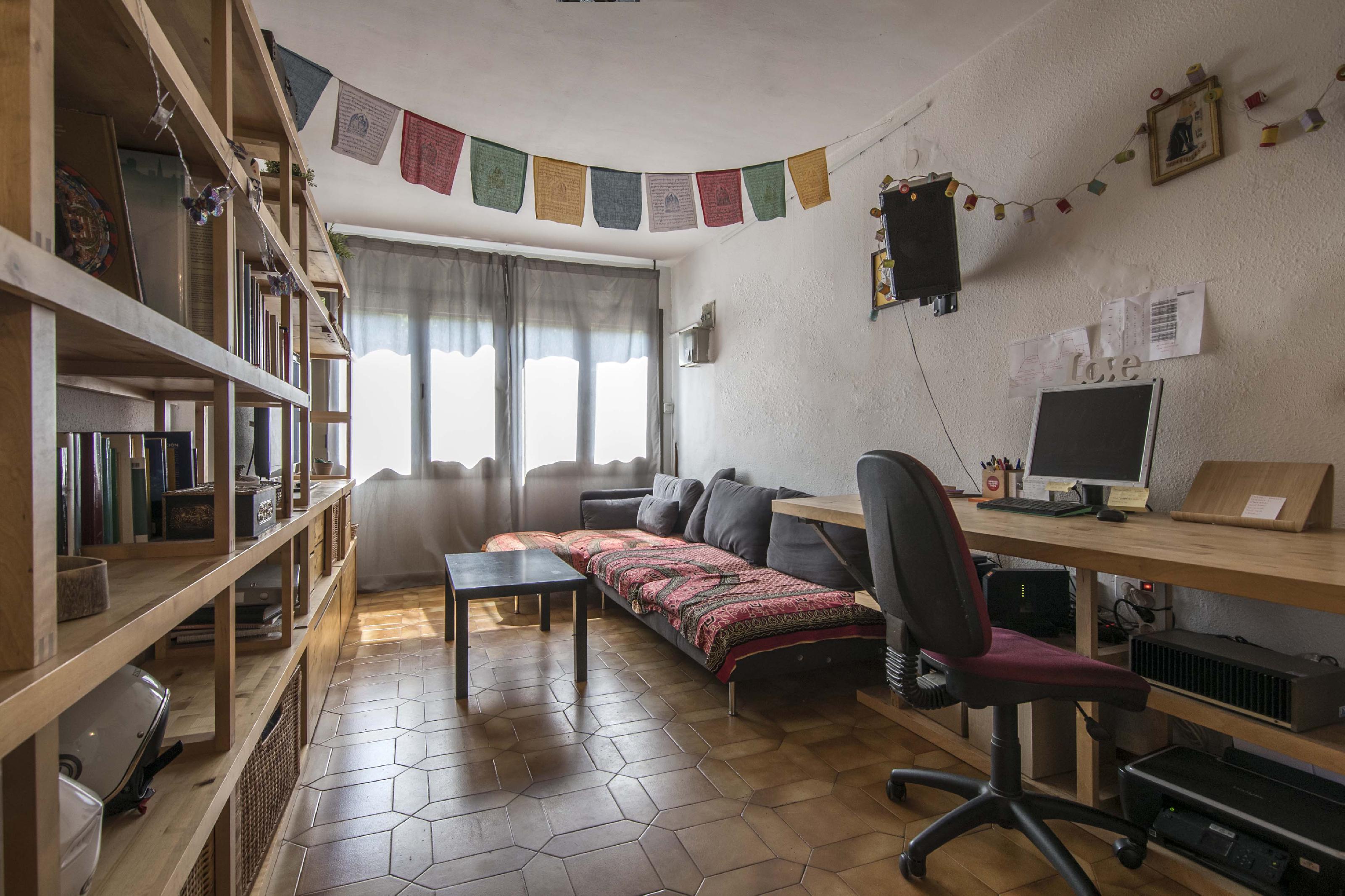 Imagen 1 Casa Adosada en venta en Barcelona / Joan Palomar - Alfons El Magnànim 08019
