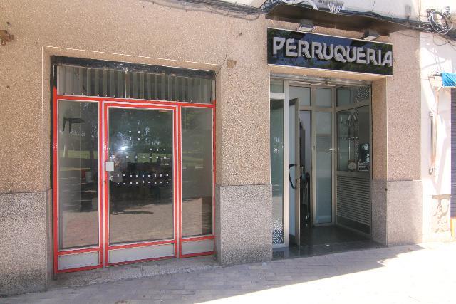 Imagen 1 Inmueble 251705 - Local Comercial en venta en Sant Adrià De Besòs / Avda. Corts Catalanes - Ramón de Penyafo...