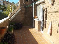 128515 - Casa Adosada en venta en Rubí / Avets- Colegio