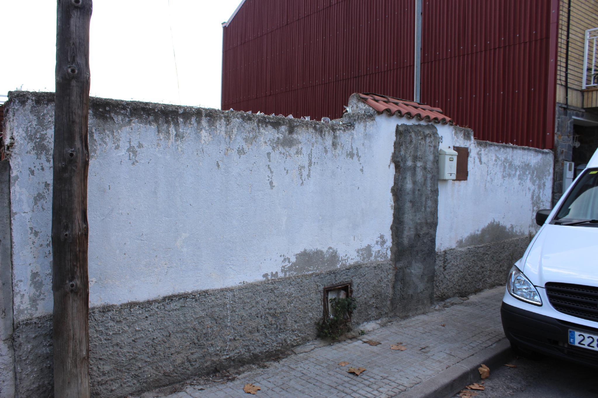 167685 - Al lado del colegio Teresa Altet, y parada de autobús.
