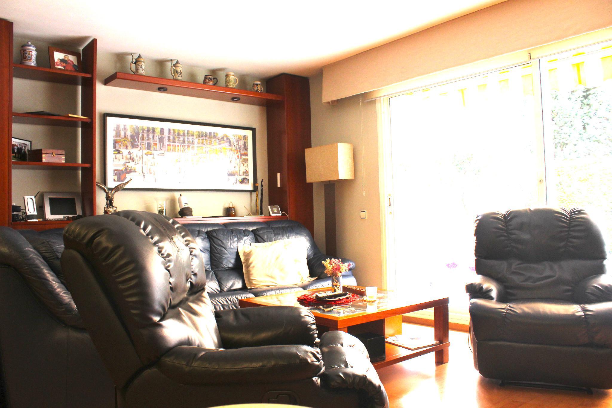 220116 - Zona residencial con fácil acceso a las autopistas.