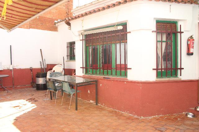 Imagen 1 Inmueble 228174 - Casa en venta en Rubí / Cerca del mercado y al lado de la estación