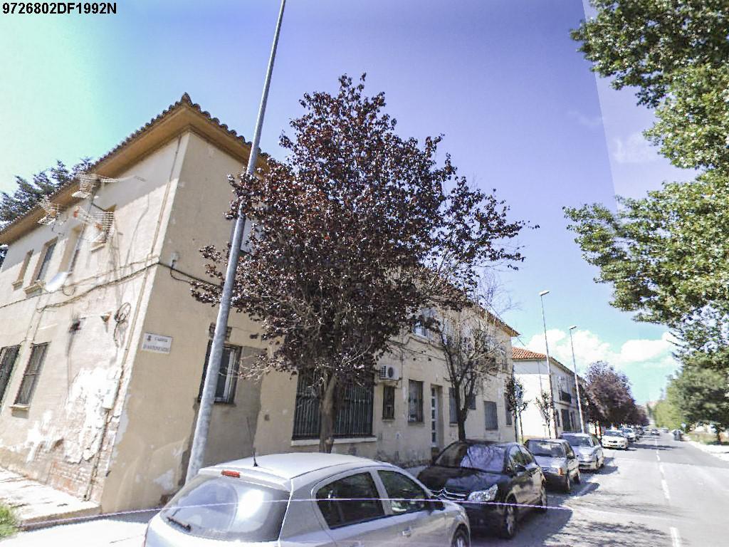 Imagen 2 Planta Baja en venta en Rubí / Zona residencial can Alzamora, a 10 min. de la estación