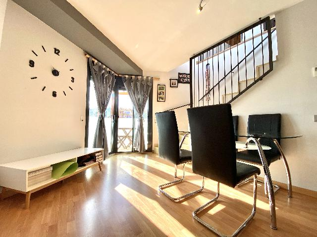 Imagen 1 Inmueble 246352 - Dúplex en venta en Rubí / Ca n´Oriol zona muy tranquila