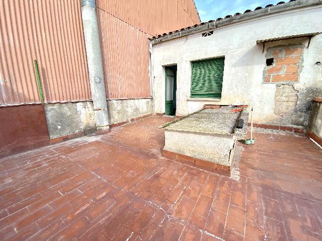 Imagen 1 Inmueble 251283 - Casa Adosada en venta en Rubí / Muy cerca el Ayuntamiento
