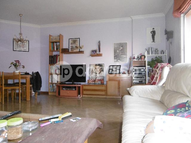 Imagen 1 Inmueble 221856 - Piso en venta en Sant Feliu De Llobregat / Junto a Correos