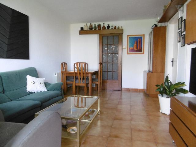 Imagen 1 Inmueble 242185 - Piso en venta en Sant Feliu De Llobregat / Rambla Marquesa Castellbell. Junto a la plaza Dot