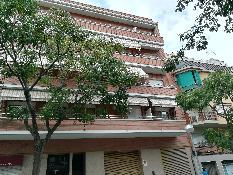 215053 - Piso en venta en Barcelona / Junto calle artesania y metro roquetas.