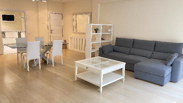 Imagen 1 Inmueble 240729 - Piso en alquiler en Barcelona / Junto Avd. Josep Tarradelles